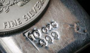 Silber und Gold: Größter monatlicher Anstieg im Silber seit August 2013 und steigende Nachfrage