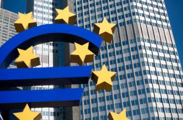 EZB: Schreitet voran auf dem Pfad der expansiven Geldpolitik und überrascht Marktteilnehmer