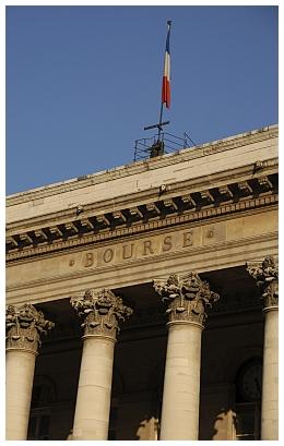 CAC 40 : L'indice parisien hésite sous sa résistance, range potentiel entre les 4.200 et 4.300 points