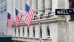 Les mauvaises statistiques américaines soutiennent Wall Street