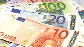 EUR/USD: US-Arbeitsaufträge & Rede Draghis aus Frankfurt heute Thema