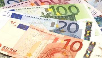 EuroDollar_(eurusd)_:_Baissier_mais_le_compte_rendu_de_la_dernière_réunion_de_la_FED_sera_décisif
